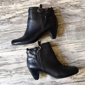 Sam Edelman Black ankle booties